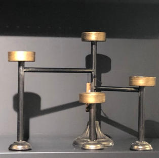 Sort/Gull T-lys 4 lys