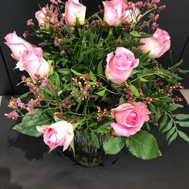 Bukett med roser og lisianthus