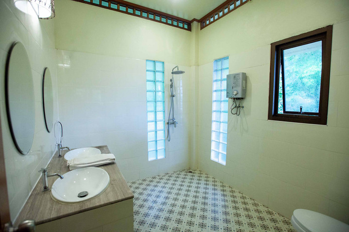 Luxury Private Villa Bathroom, Thailand