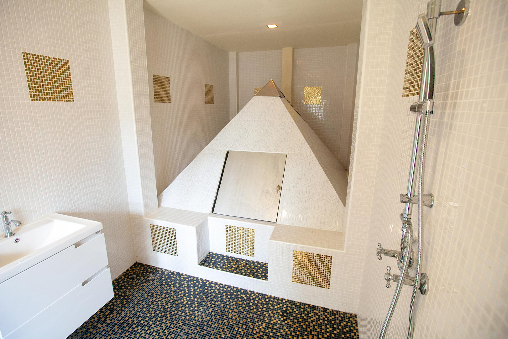 Pyramid Floatation Tank, Thailand