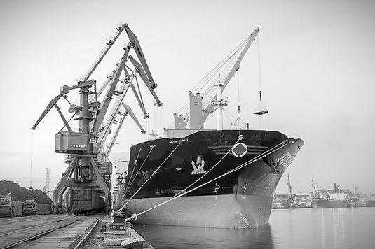marine%20shipyard%20-%20bw%20-%20singapo