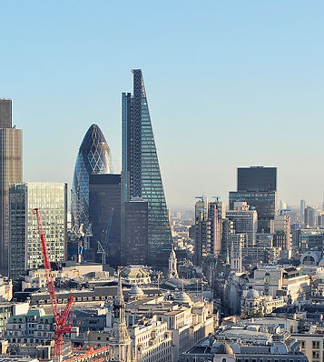 2048px-The_City_London - kloniwotski CC