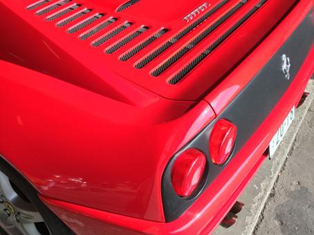 フェラーリ355シート補修させて頂きました
