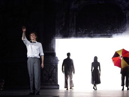 Без света в темном царстве. Премьера «Гамлета» в Большом
