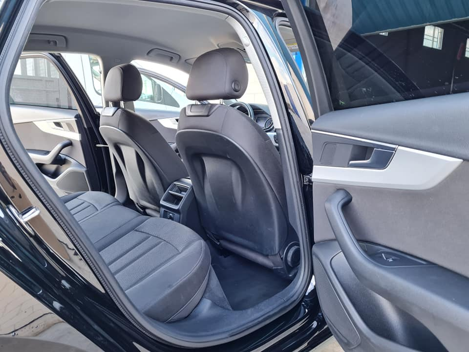 AUDI A4 Auto STRONIC