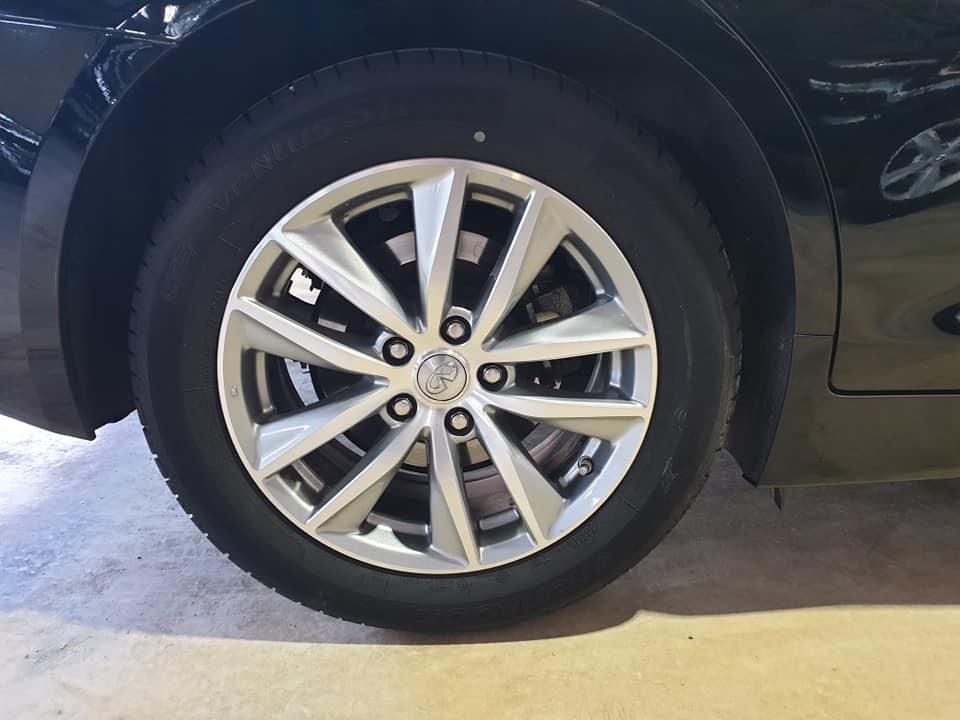INFINITI Q50 GT
