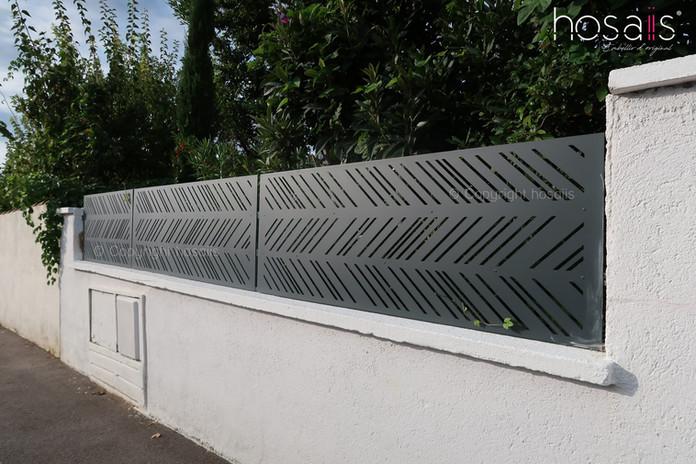 rénovation clôture tôle découpée laser