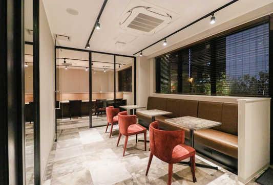Lounge1_1_S.jpg