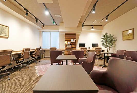 lounge_004.jpg