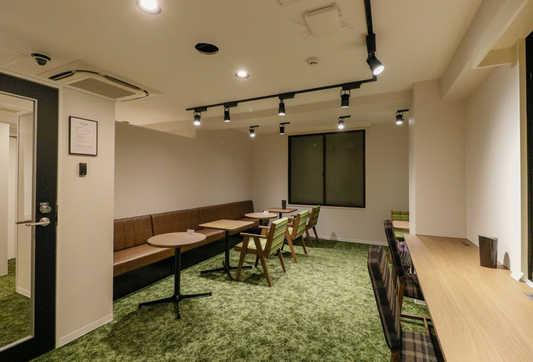 Lounge2_S.jpg