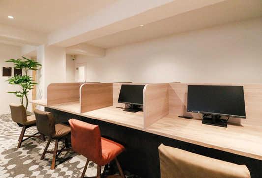 Lounge_6_s.jpg