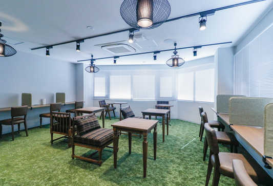 Lounge5_s.jpg