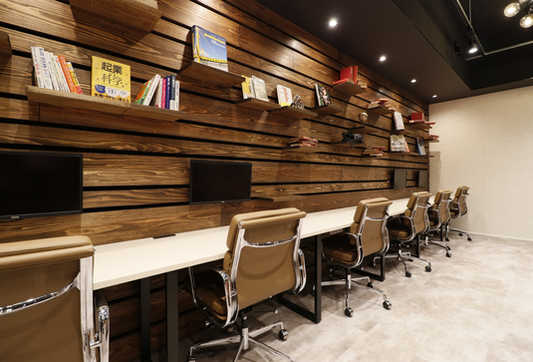 lounge_012.JPG