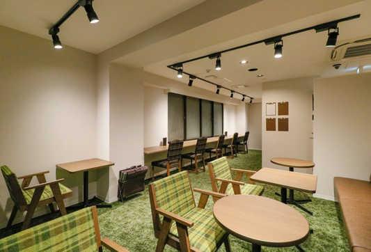 Lounge1_S.jpg
