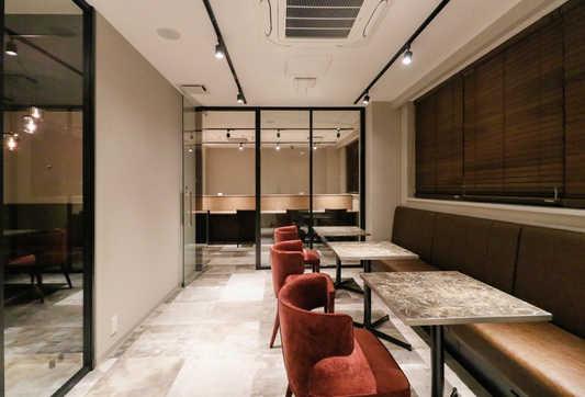 Lounge1_2_S.jpg