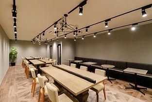 Lounge1_1.jpg