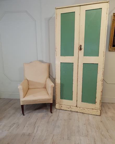 Estate cupboard in pine