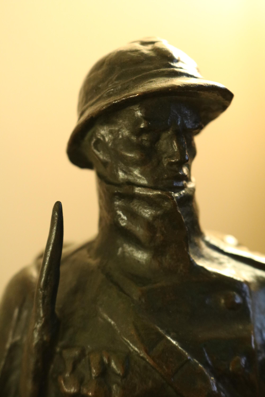 Bronze Belgium soldier