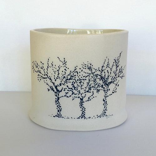 Porcelain who wants to be Enamel - pot