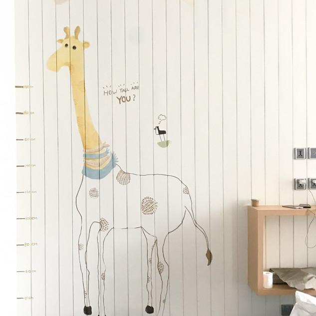 Simple Girrafe design made by muralkita to accompany Mrs. Pauline's design