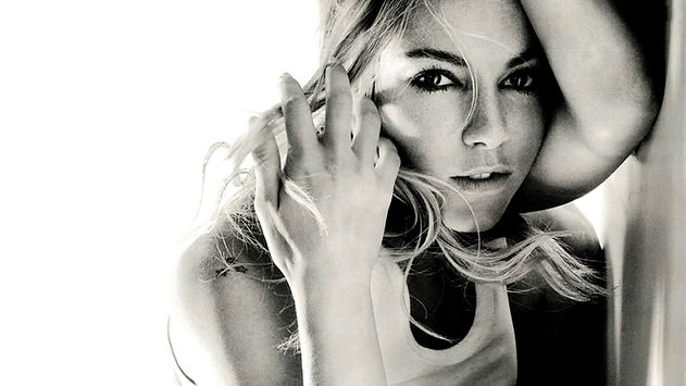 blondes grayscale sienna miller faces 25