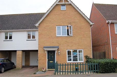 26 WILLOW FRONT A.JPG
