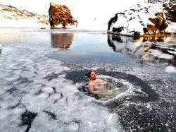 ANDRI ICELAND - ICE BATH IN NATURE