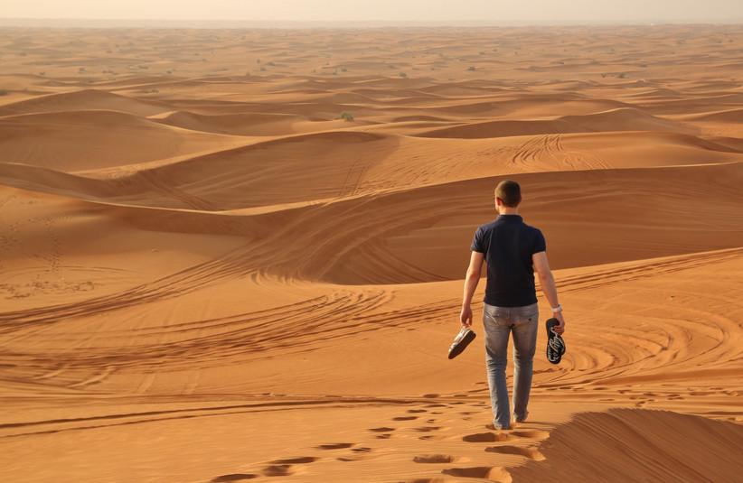 man-alone-in-desert