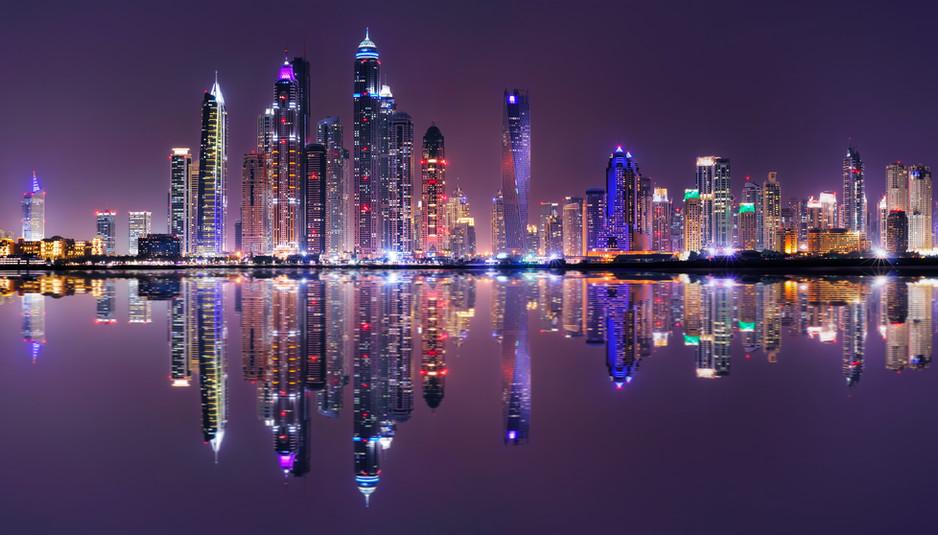 amazing-night-panorama-of-dubai-marina-dubai-unite-LKTGMXC.jpg