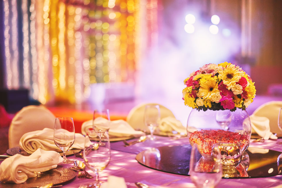 wedding-reception-dinner-table-with-flower-bouquet-2021-04-06-21-46-48-utc.jpg
