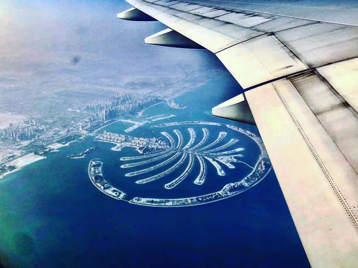 yawning-over-the-palm-morningtravels-home-dubai-palmjumeirah-emirates