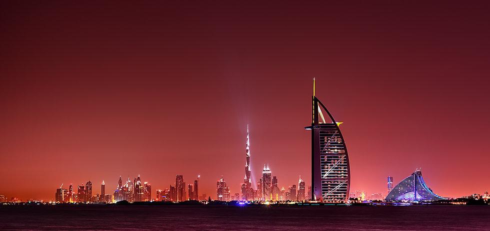 Dubai skyline(night).jpg