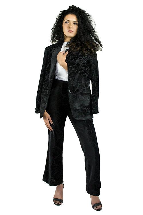 Frey Suit