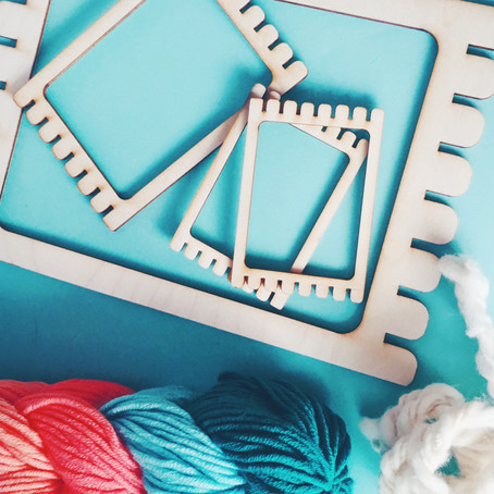 Make your own hand-weaving loom