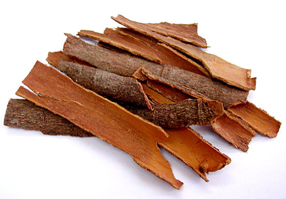Cinnamon Sticks Flat