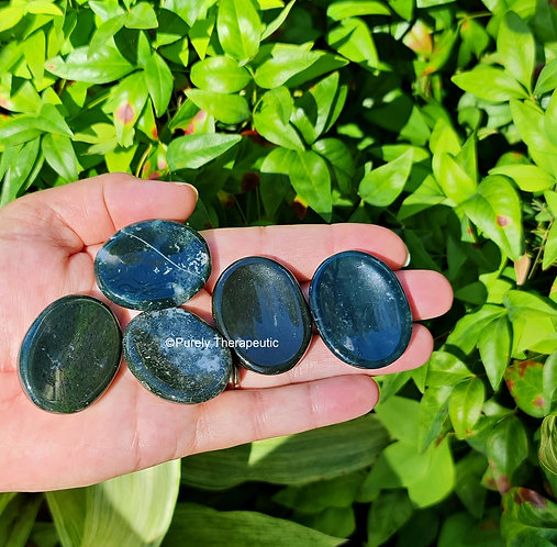 Moss Agate Worry Palm Stone