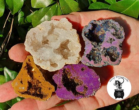Geode Agate thunder Egg Gemstone