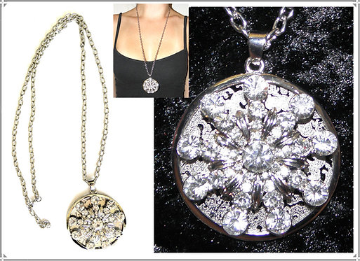 Diamante Star Flake Disc Necklace