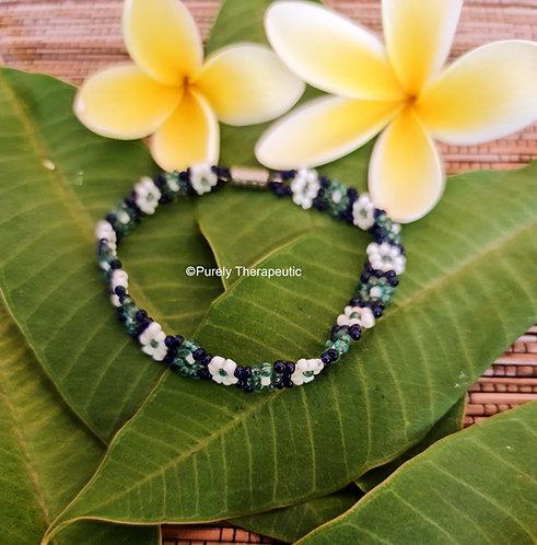 Beaded_Flower_Bracelet_Blue_Hues