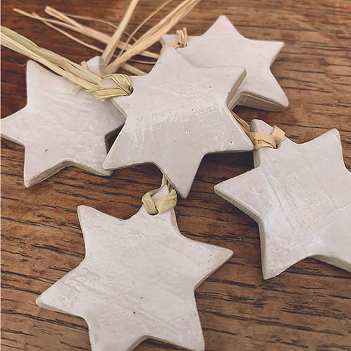 10 x White Stars - Trinkets/Gift Tags/Love Tokens