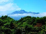 袴岳山頂より妙高山を望む.jpg