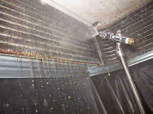 空調機エアコン分解洗浄は専用洗剤