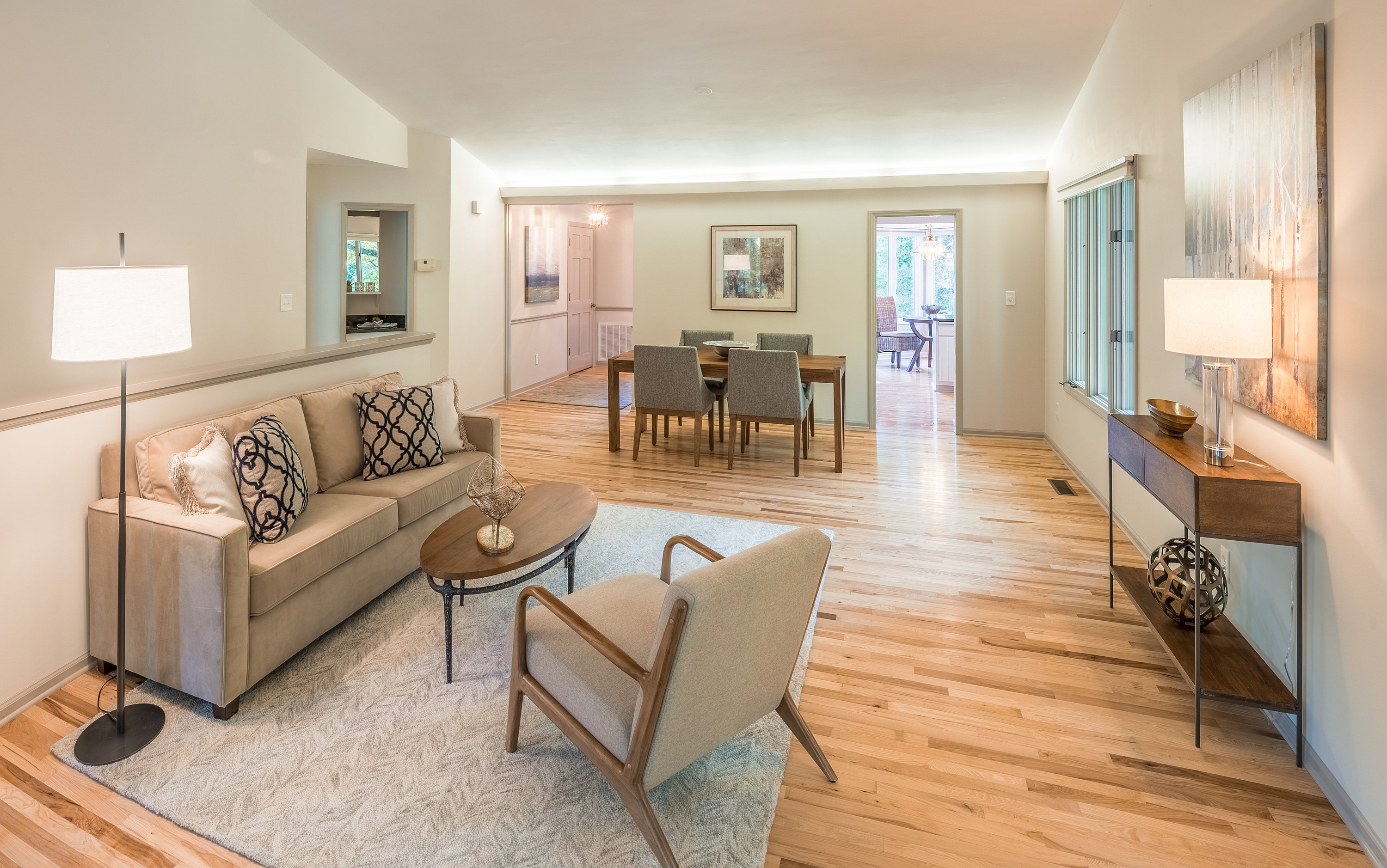 Home Staging Services and Interior Design | Home Staging: Living Room