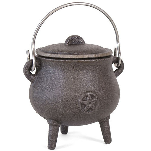 7CM CAST IRON CAULDRON WITH PENTAGRAM