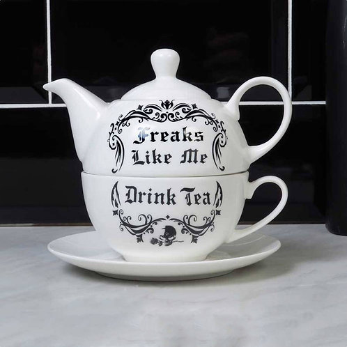 FREAKS LIKE ME DRINK TEA: TEA SET