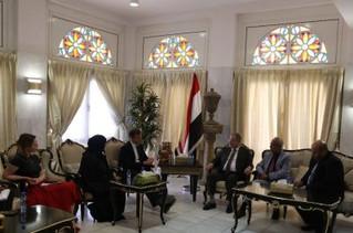 المخلافي يشيد بالدور الهام للمملكة المتحدة ومساعيها للتوصل     إلى حل سياسي سلمي في اليمن