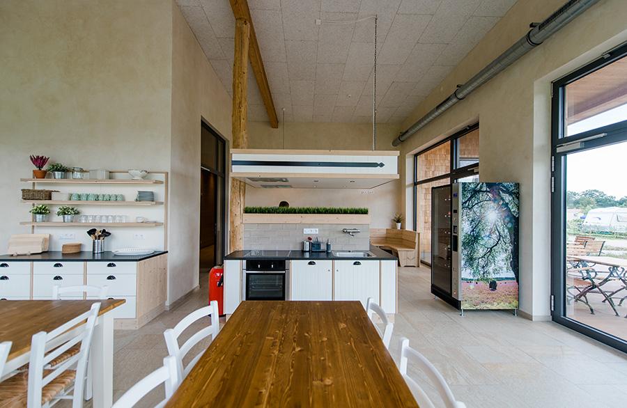 Multifunktionsgebäude, Küche, Camperküche