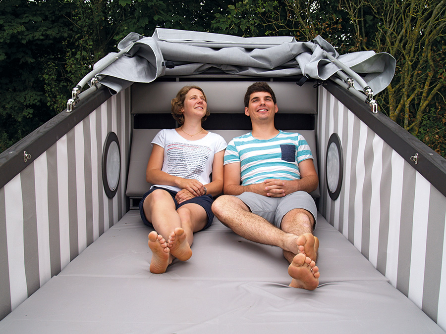 Schlafstrandkorb, familienfreundlicher Campingplatz, Nordsee, Nordseecamping zum Seehund