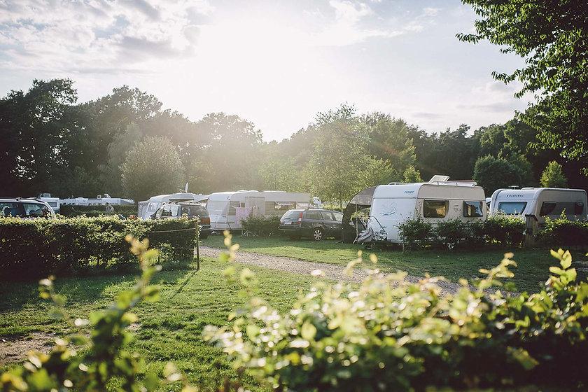 campingpark südheide, lüneburger heide, familien camping, campingplatz, zelten, wohnmobil, wohnwagen, familien camping, urlaub mit kind, komfort, erste klasse campen, naturfreundlich, hundefreundlich