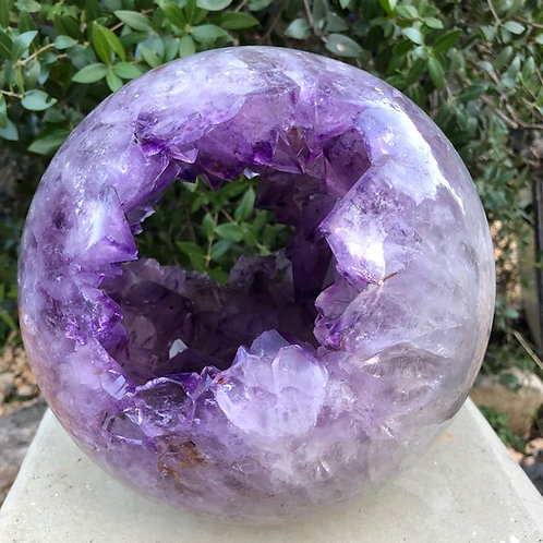 Sphère d'améthyste